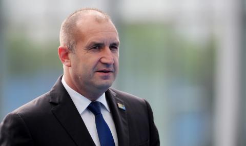 Радев изрази съболезнования на украинския си колега за загиналите в самолетната катастрофа