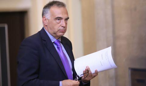 Кутев: Не сме спрели нито една мярка, затварят само нощните заведения - 1