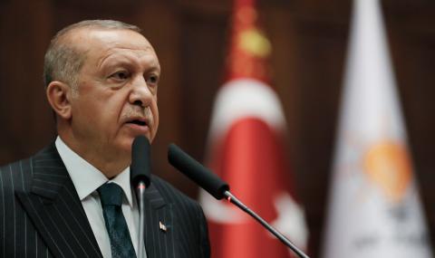 Партията на Ердоган е пред разцепление