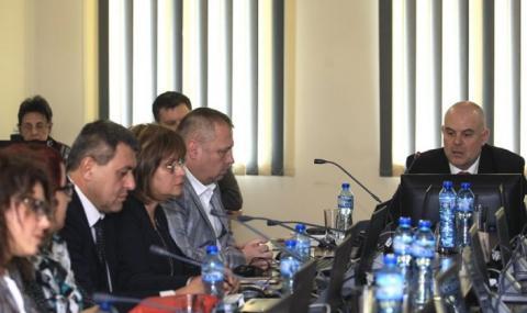 Прокурорите избират свой човек във ВСС