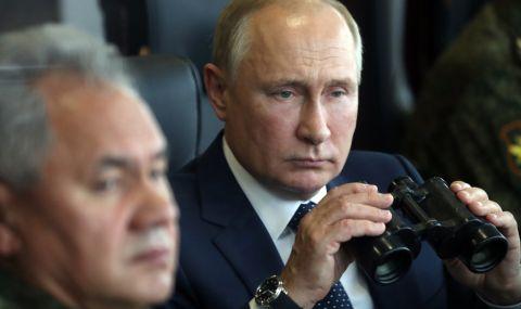 Путин наблюдава военни учения (ВИДЕО) - 1