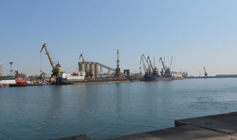 Незаконен италиански боклук и на пристанището в Бургас