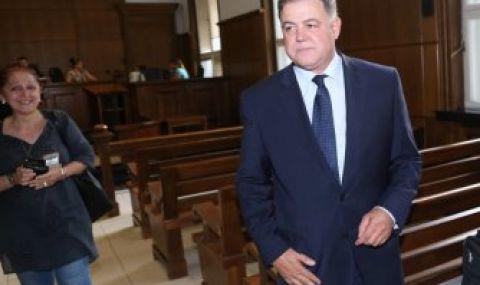 Ненчев иска да разсекретят делото срещу него