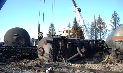 Две от цистерните в Хитрино са изведени на безопасно място - 3