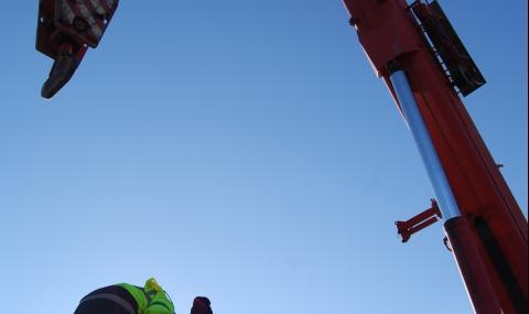 Две от цистерните в Хитрино са изведени на безопасно място - 9