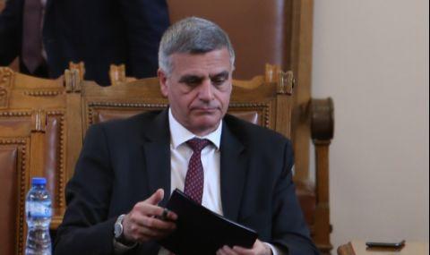 """""""Цинично"""" изказване на премиера Янев разгневи Българския лекарски съюз - 1"""