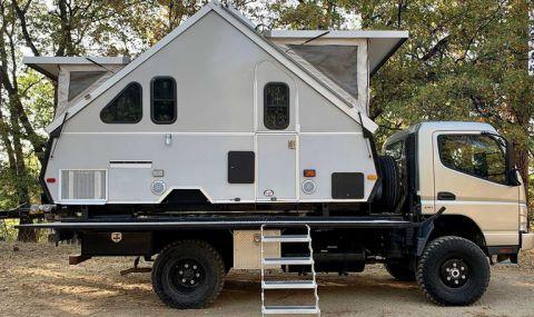 Кемпер под формата на къща... в задната част на камион