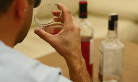 Колко харчат българите за алкохол?