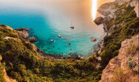 Крим заяви готовност да замени турските курорти за майските празници