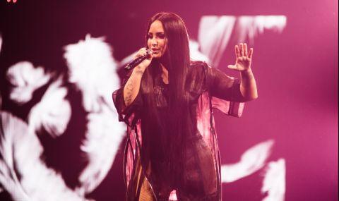 Деми Ловато шокира феновете си с нова прическа (СНИМКИ)