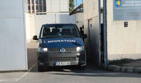 Спипаха шестима бежанци в пернишкото село Драгичево - 1