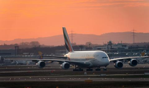 Поредна голяма авиокомпания спря всички полети