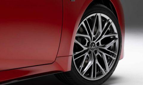 V8 мотор за новия Lexus IS 500 F Sport - 4