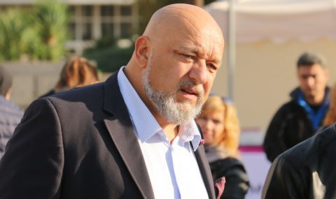 Красен Кралев: Бойко Рашков е по-възрастен от проф. Кантарджиев. Защо не го пенсионирате?