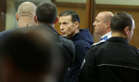 И Миню Стайков бил в болница