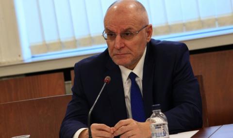 Управителят на БНБ твърди, че икономическият растеж в България е на върха в ЕС