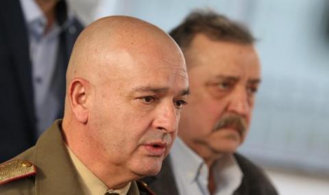 Генерал Мутафчийски с апел към ЦСКА