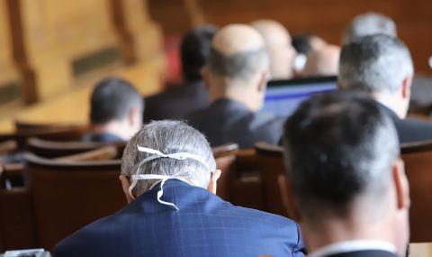 Надежда Йорданова: Неприемливо е да чуеш в деня на гласуването имената, които се очаква да подкрепиш - 1