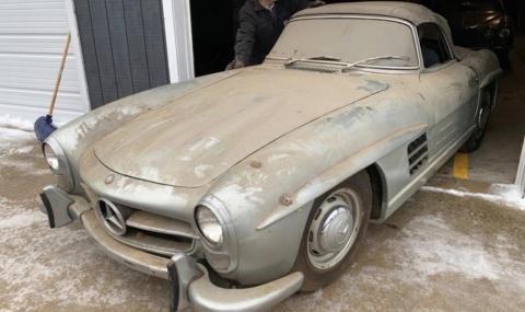 Неочаквано наследство от $1 млн: 44-годишен Mercedes, забравен в гараж