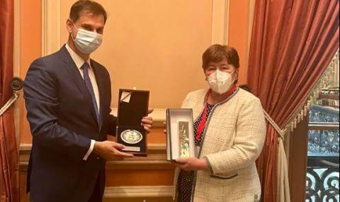 Министрите на туризма на България и Гърция се срещнаха в Атина