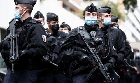 Франция наблюдава 7500 потенциални атентатори