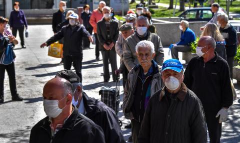 Северна Македония удължава с месец извънредното положение