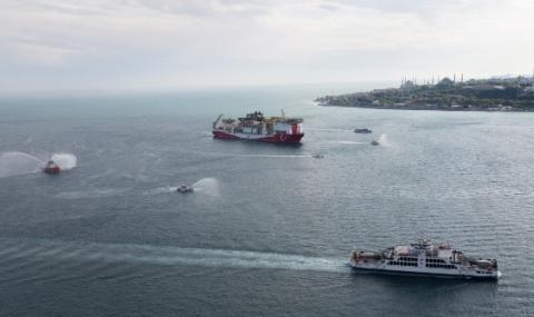 Турски кораб проучва Черно море