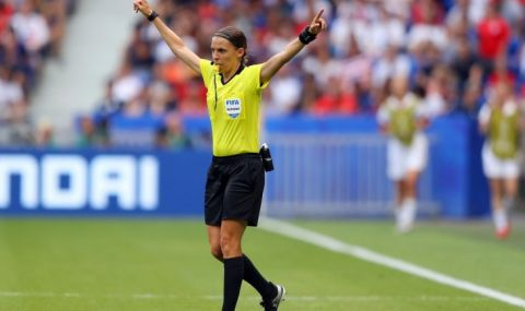 Жена ще свири на Роналдо в Шампионската лига