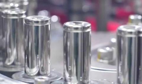 Изследване: Батерията на Tesla изкарва 3.5 милиона километра