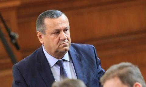 Хасан Адемов: Повече от 10 години България се движи без цел и посока