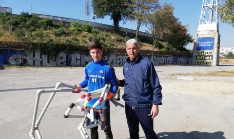 Във Фиорентина впечатлени от юноша на Левски, бюрократични спънки спират дебюта му в Серия А