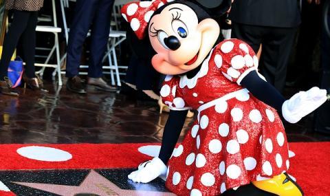 Рисувана мишка получи звезда на Алеята на славата (СНИМКИ)