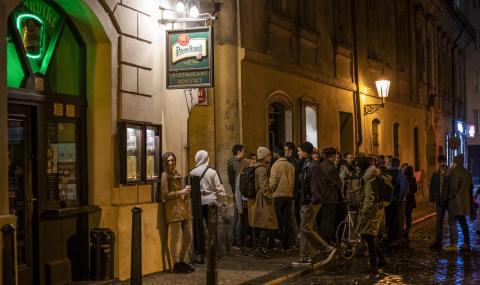 Чехия за втори път съобщи за над 8000 заразени за ден
