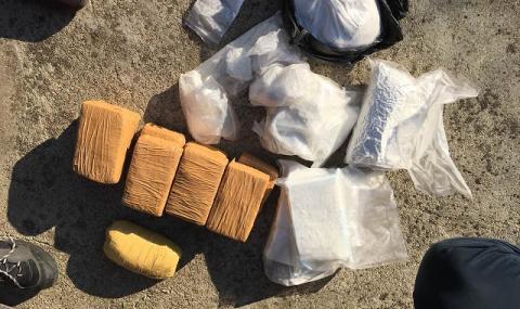 Дилър: Абитуриенти изкупиха кокаина за баловете