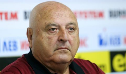 Венци Стефанов: Искам футболистите на Славия да си върнат стария боен дух