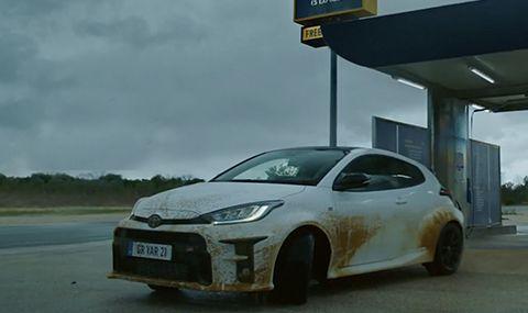 Рали пилот изцапа Yaris GR в новата реклама на Toyota (ВИДЕО)
