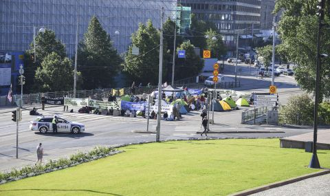 Голям брой активисти задържани в Хелзинки