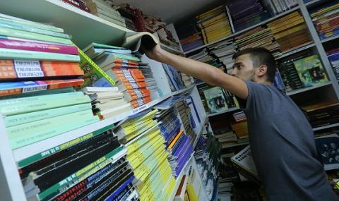 Лют спор заради учебниците по история се разрази в родния телевизионен ефир