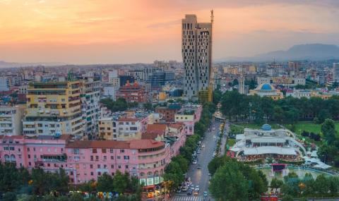 Балкански парадокс