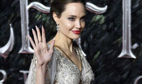 Джоли разказа за преживяна тежка загуба