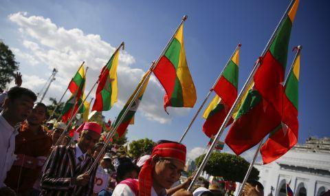 Хунтата в Мианма обеща общи избори - 1