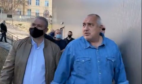 Борисов горд: Като ластик сме – отваряме, затваряме за по 10-15 дни (ВИДЕО)