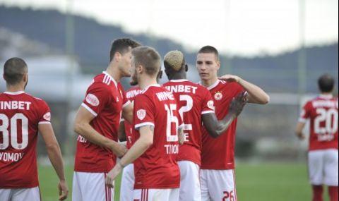 Мартин Смоленски продължава да бъде играч на ЦСКА