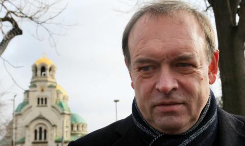 Христо Монов: Оставка за съдия Калпакчиев