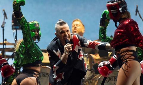 Роби Уилямс се връща в Take That за концерт (ВИДЕО)