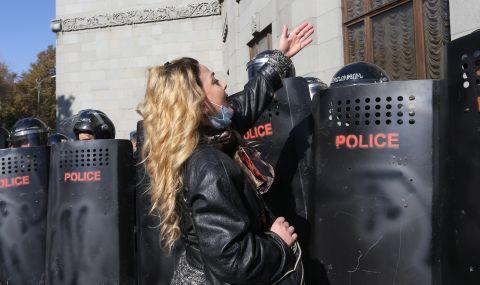 Протест в подкрепа на студентска медия в Русия