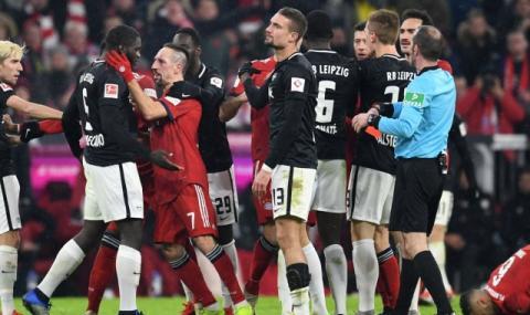 Грандовете в Германия с впечатляващ жест към по-бедните тимове