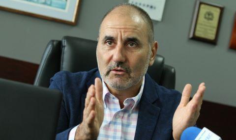 Цветанов: Необяснимо отвориха ресторантите, когато заразените се увеличаваха