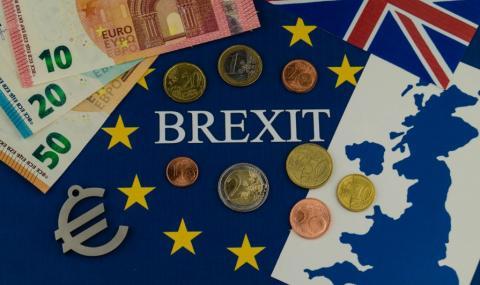 Емигранти бързат да си върнат данъци от Великобритания