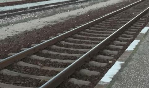 Човек скочи под влака във Велинград